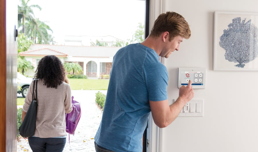 Reasons to get a monitored alarm system in Scottsdale